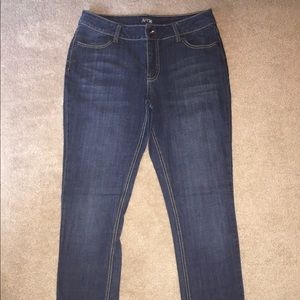New condition APT.9 Bootcut Jeans Size 10